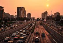 Samochody używane – z ogłoszeń, giełdy czy od dealera?